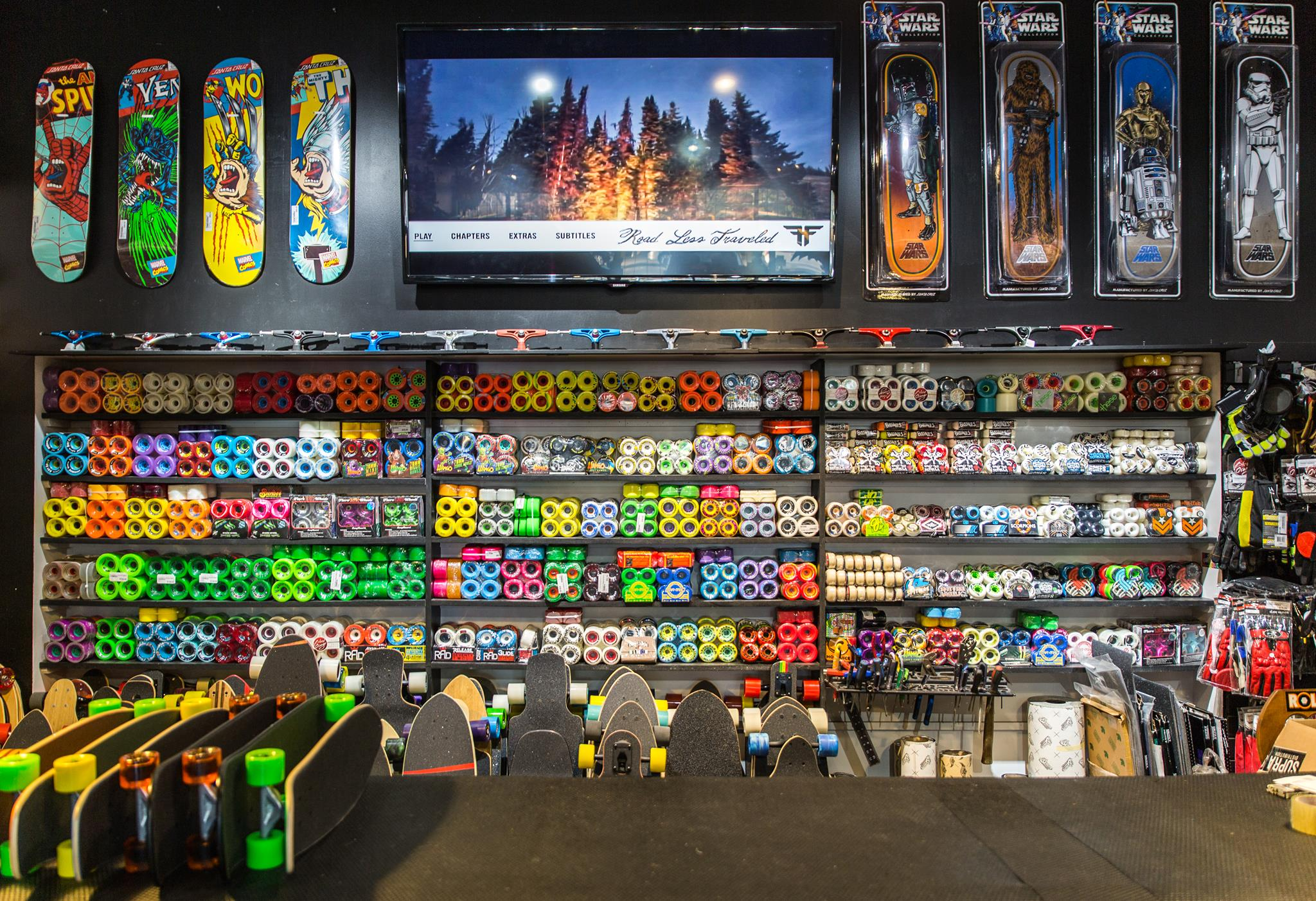 La Boutique - Boutique Rollin Longboard Skateboard Shop